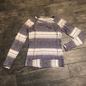 Lululemon long sleeve size 8